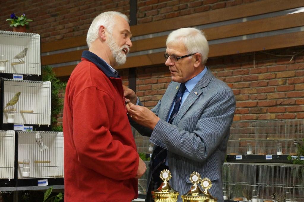 2013 - De heer B.J. de Meer 25 jarig lidmaatschap.