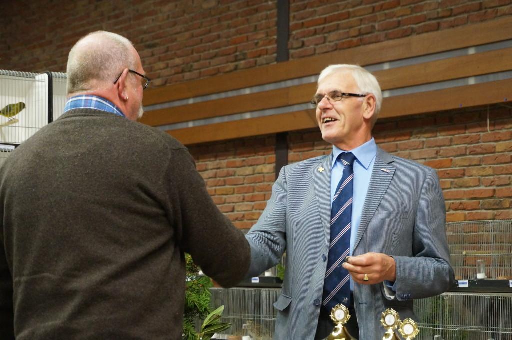 2013 - De heer J. de Meer 25 jarig lidmaatschap.